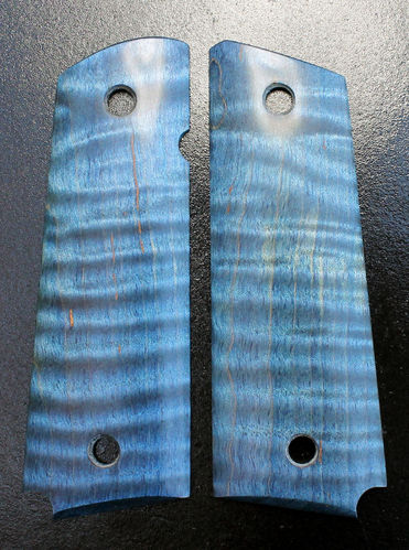 Stabilized Curly Maple, blue