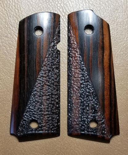 Macassar Ebony, half stipple