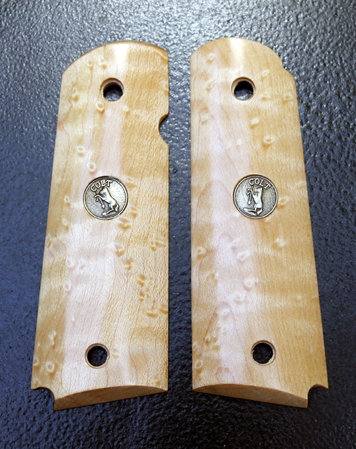 Pale Birdseye Maple, Jumbo cut with Colt medallion inlays. Thanks, Mario A.!\\n\\n1/18/2016 5:00 PM